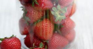 Ядки и ягоди може да причиняват афти