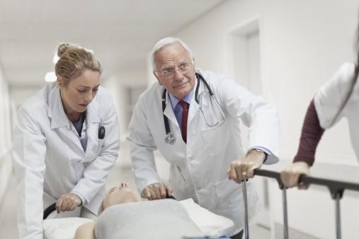 лекарите в България