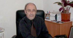 Д-р Б. Фурнаджиев