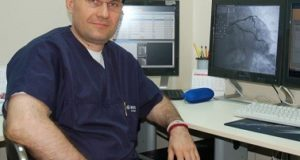 доц. д-р Добрин Василев