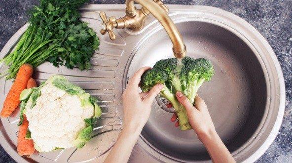 Измивайте добре всичко, което ще консумирате