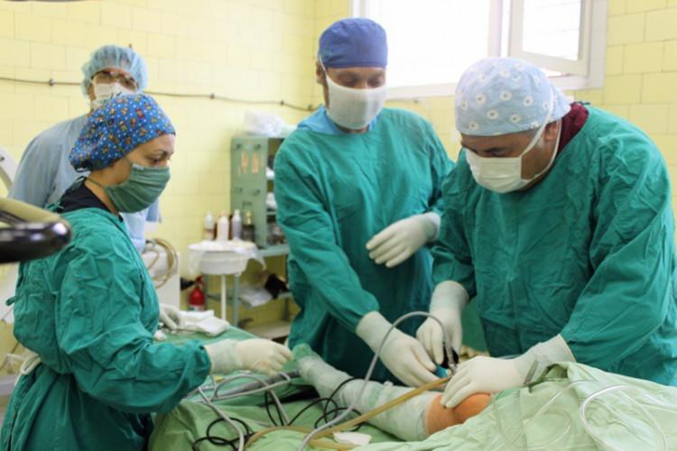течен имплант