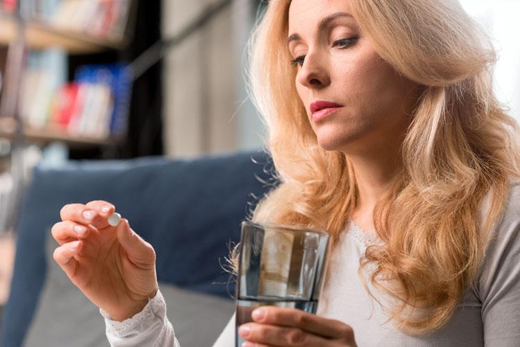 хормонално-заместителната терапия